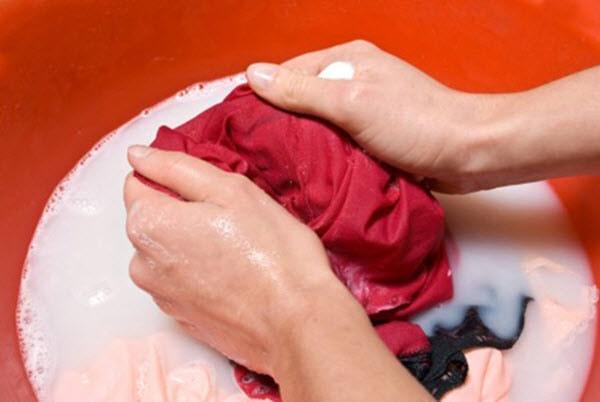Bí quyết giữ áo in decal bền lâu